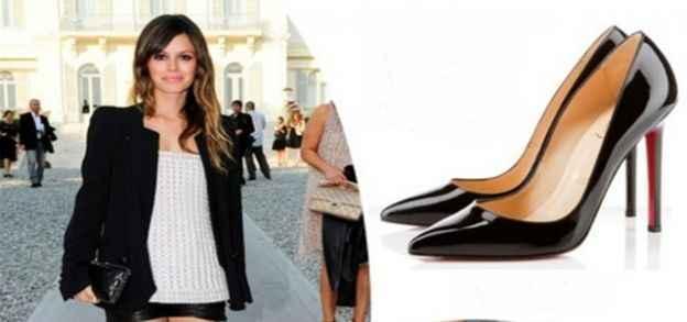 Stilde öncü stiletto ayakkabılar