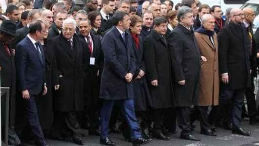 Liderler omuz omuza yürüdü