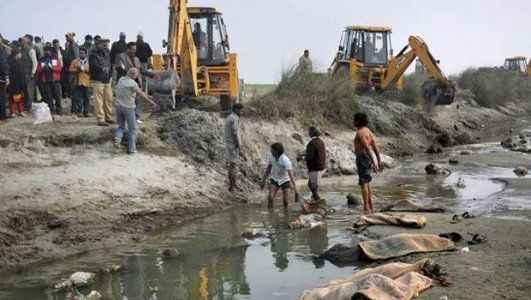 Nehirden 102 ceset çıkarıldı