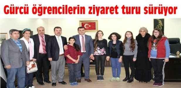 Gürcü öğrencilerin ziyaret turu sürüyor