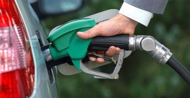 Benzin zamlandı, işte yeni fiyatlar