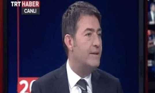 TRT spikerinden elektronik sigaralı canlı yayın