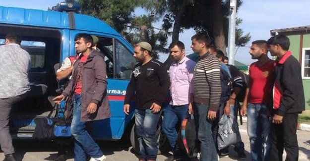 23 Suriyeli göçmen yakalandı