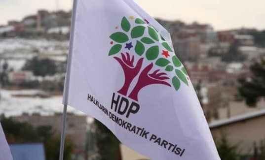 HDP'li Eşbaşkanlar Yunanistan'a kaçtı
