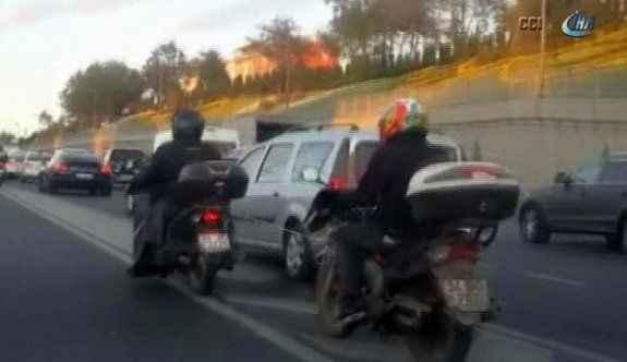 Trafikte hayrete düşüren görüntü!