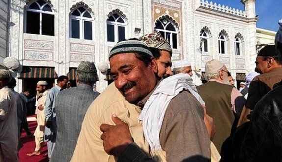 İslam dünyasında Bayram için iki ayrı tarih