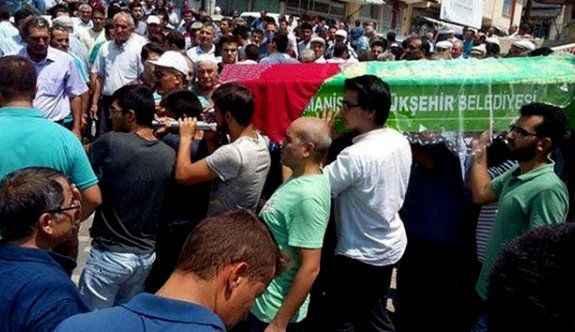 Kazada hayatını kaybeden gençlere son veda