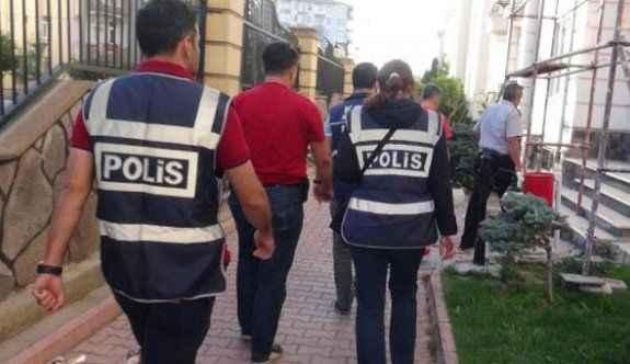 FETÖ'nün öğretmenlerine operasyon: 44 gözaltı