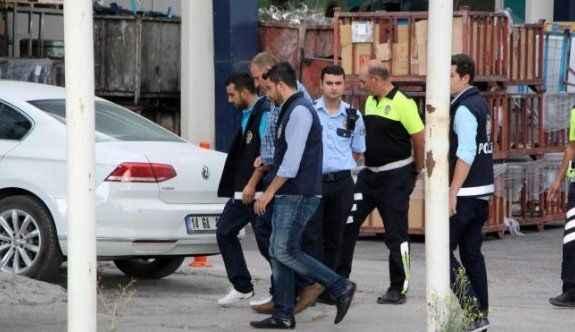 AK Parti eski milletvekilinin fabrikasına FETÖ baskını
