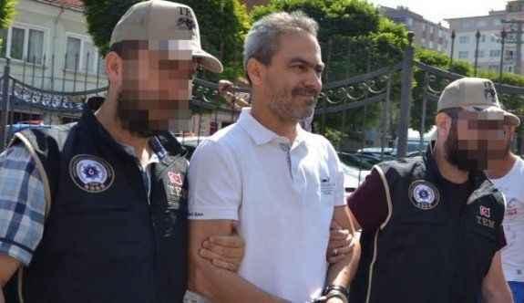 FETÖ'den gözaltına alınan emekli emniyet müdürleri adliyeye sevk edildi