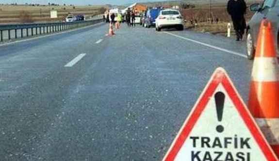 Polis aracı kaza yaptı: 4 yaralı