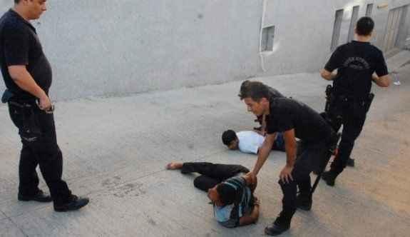 Adliyede kavga: 4 yaralı, 30 gözaltı