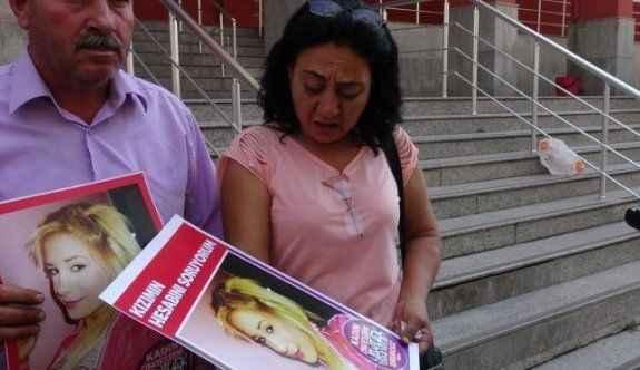 Elleri kesilerek öldürülen kadının annesi: En ağır cezayı alsınlar