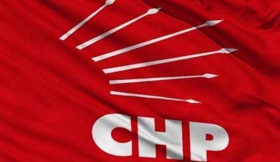 CHP'de anlaşmazlık istifaları