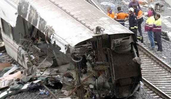 Tren kazası: 4 ölü