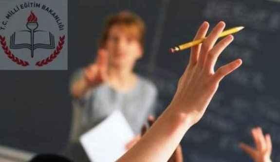 O ildeki öğretmenlerin yarısı açığa alındı