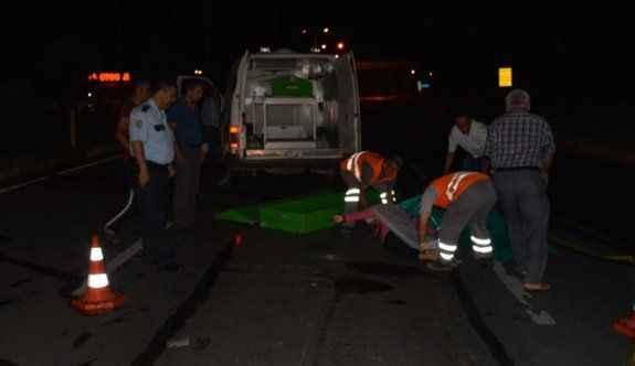 Kamyon ile motosiklet çarpıştı: 3 ölü