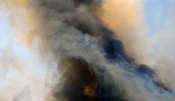 Pazar yerine hava saldırısı: 25 ölü