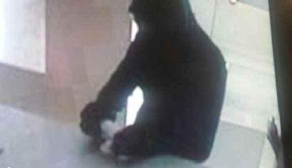 Cezaevinden izinli çıkıp banka soymaya çalıştı, yakalandı