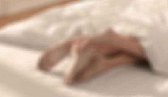 Cinsel ilişki videosu internete konan kadın intihar etti