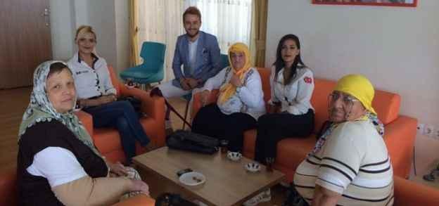 Leman Kültür yaşlıları unutmadı