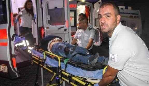 Otomobil TIR'a arkadan çarptı: 7 yaralı