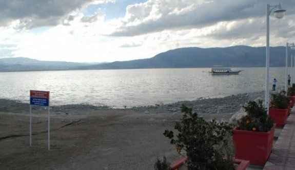 Türkiye'de tehlike çanları: Göl çekildi