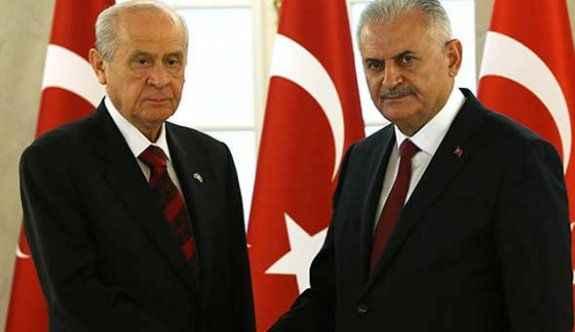 Başbakan Bahçeli'den görüşme talep etti