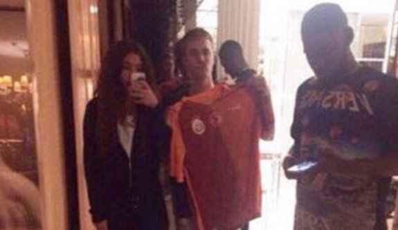 Justin Bieber 'Şampiyon Galatasaray' diye bağırdı