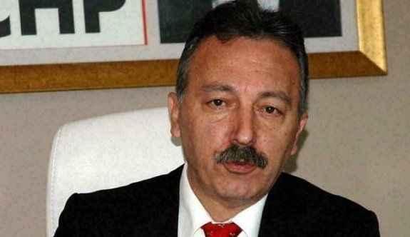 CHP'li vekil maaşını burs olarak dağıtıyor