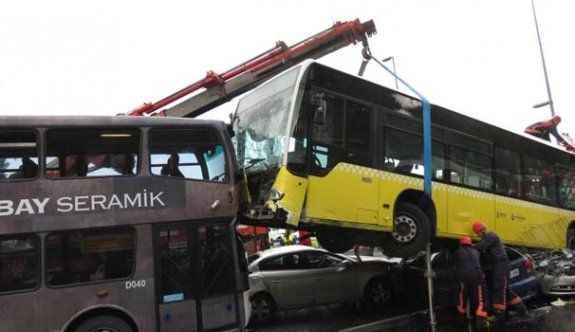 Metrobüs kazası ile ilgili flaş karar!