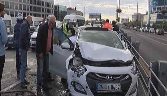 5 araç birbirine girdi: 5 yaralı