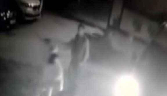 Şehir eşkiyaları pompalı tüfekle otopark basıp araç çaldı