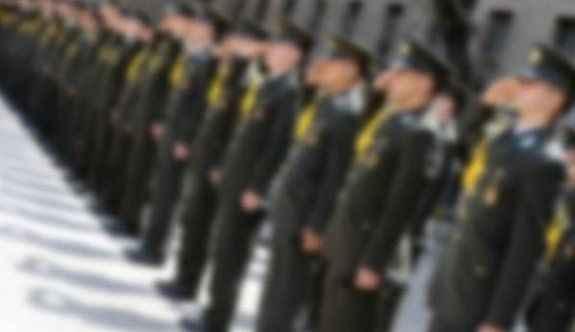 FETÖ'den adliyeye sevk edilen 19 pilot serbest