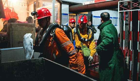 Maden kazasında 7 işçi öldü