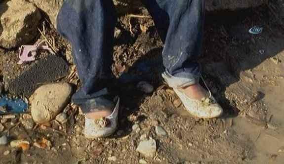 7 yaşındaki Muhammet kız ayakkabı giyiyor çünkü…