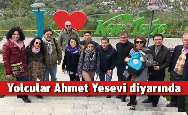 Yolcular Ahmet Yesevi diyarında