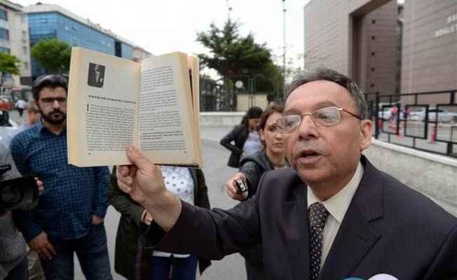 Atatürk'e hakarete tutuklama