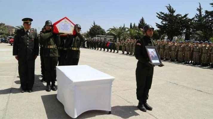 """""""Dost ateşinde"""" şehit olan Elçin'in cenazesi memleketine uğurlandı"""