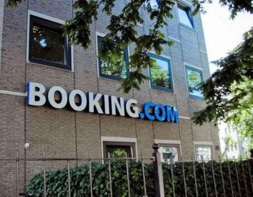 Booking.com: Bu süreçten Türk turizmi zarar görüyor