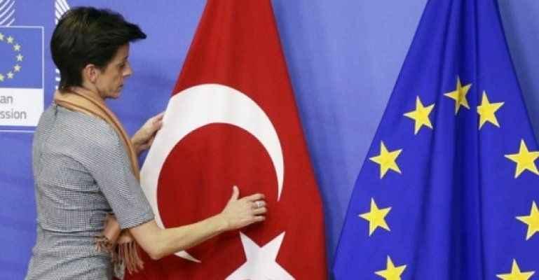 9 Avrupa ülkesinde çarpıcı Türkiye anketi