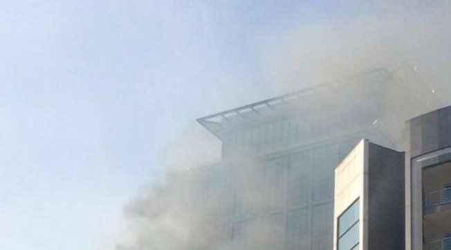 Otel inşaatında yangın