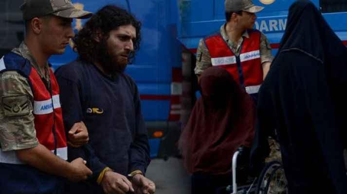 DAEŞ üyeleri Suriye sınırında yakalandılar! Üzerinden çıkanlar dehşete düşürdü