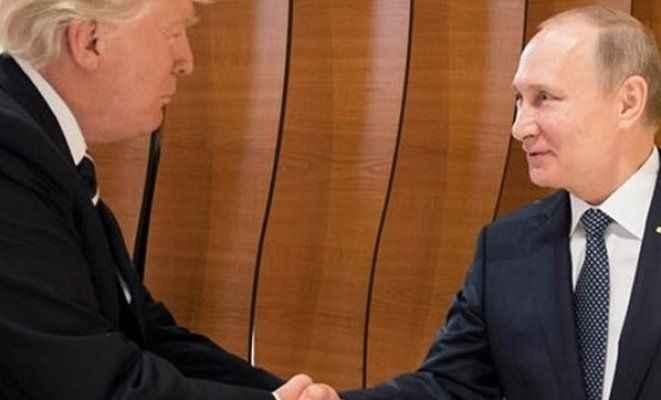 Putin ve Trump ilk kez yüz yüze görüştü!