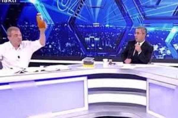 Canlı yayında 'deve idrarı' ikramı