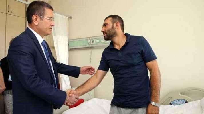 Milli Savunma Bakanı Nurettin Canikli gazileri ziyaret etti