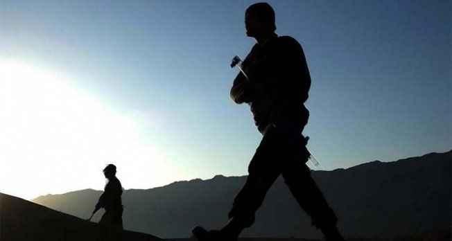 Çatışma çıktı: 2 asker yaralandı