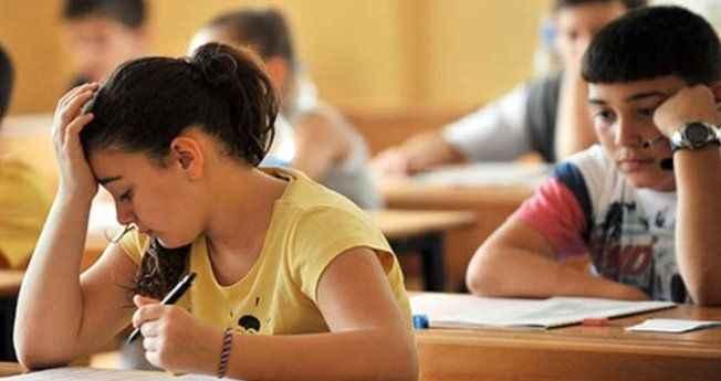 Bakan'dan yeni sistemle ilgili bilgi: Her lise kendi sınavını yapacak