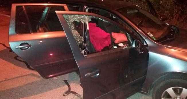 Lastikleri kesip camları kırdılar! Dinlenme tesisinde gaspçı terörü