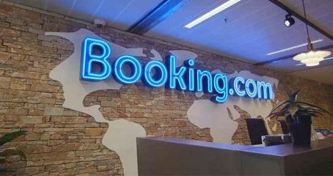 Booking'e bir darbe de İngiltere'den! Soruşturma başlatıldı